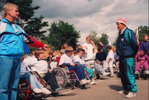Boccia w Polsce - Historia i rozwój - Wągrowiec 1992 – W. Maciejewski z prawej - Polska Boccia