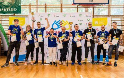 Tytuł Integracyjnych Mistrzów Polski AZS drużynowo zdobywa zespół z Głogowa. Brawo